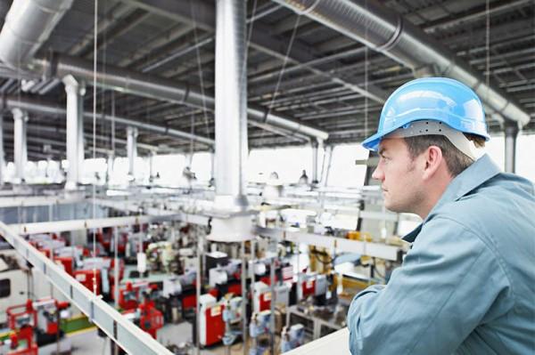 jobs-2015-18-industrial-technician-85406392-chris-ryan-getty-600x399