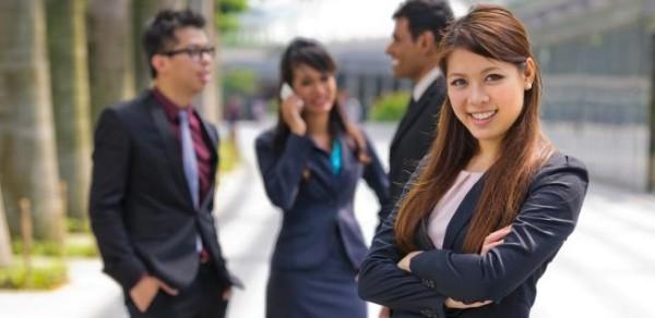 Tuyển-nữ-bán-hàng-kiêm-nhân-viên-văn-phòng-làm-việc-tại-Singapore.